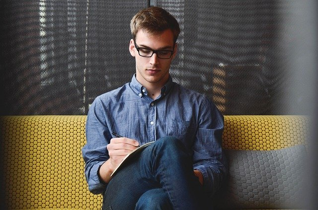 3 top tips to earn more while working less